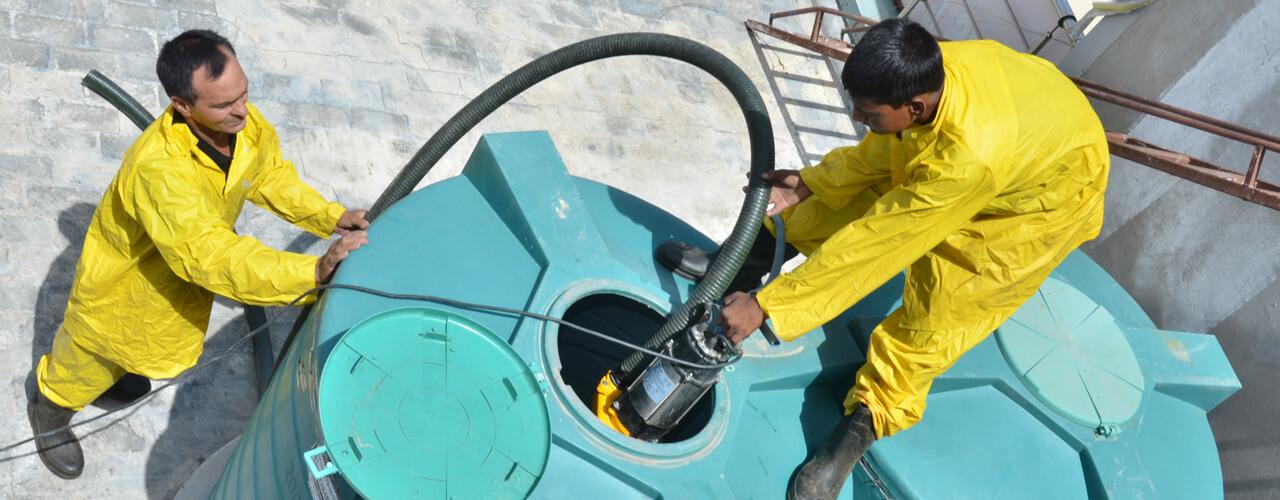 شركة تنظيف خزانات بالرياض غسيل خزانات الرياض